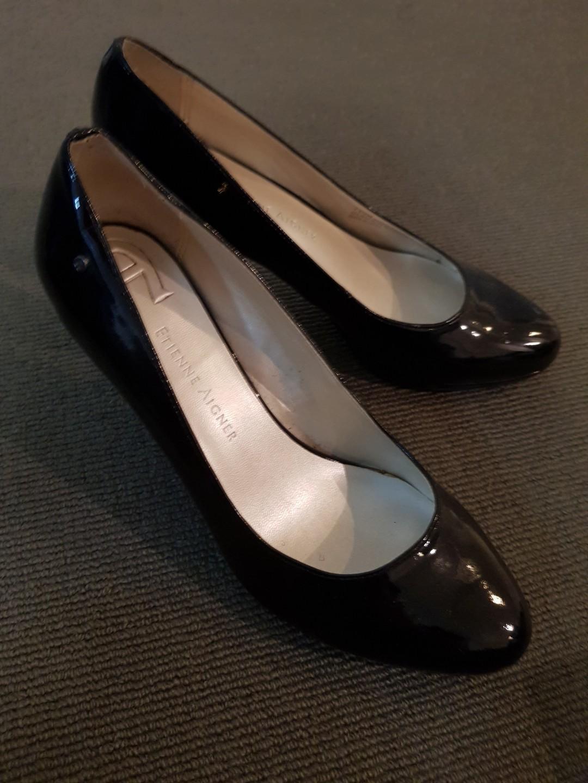 Black Patent Pump Heels | Size 7.5 | Etienne Aigner
