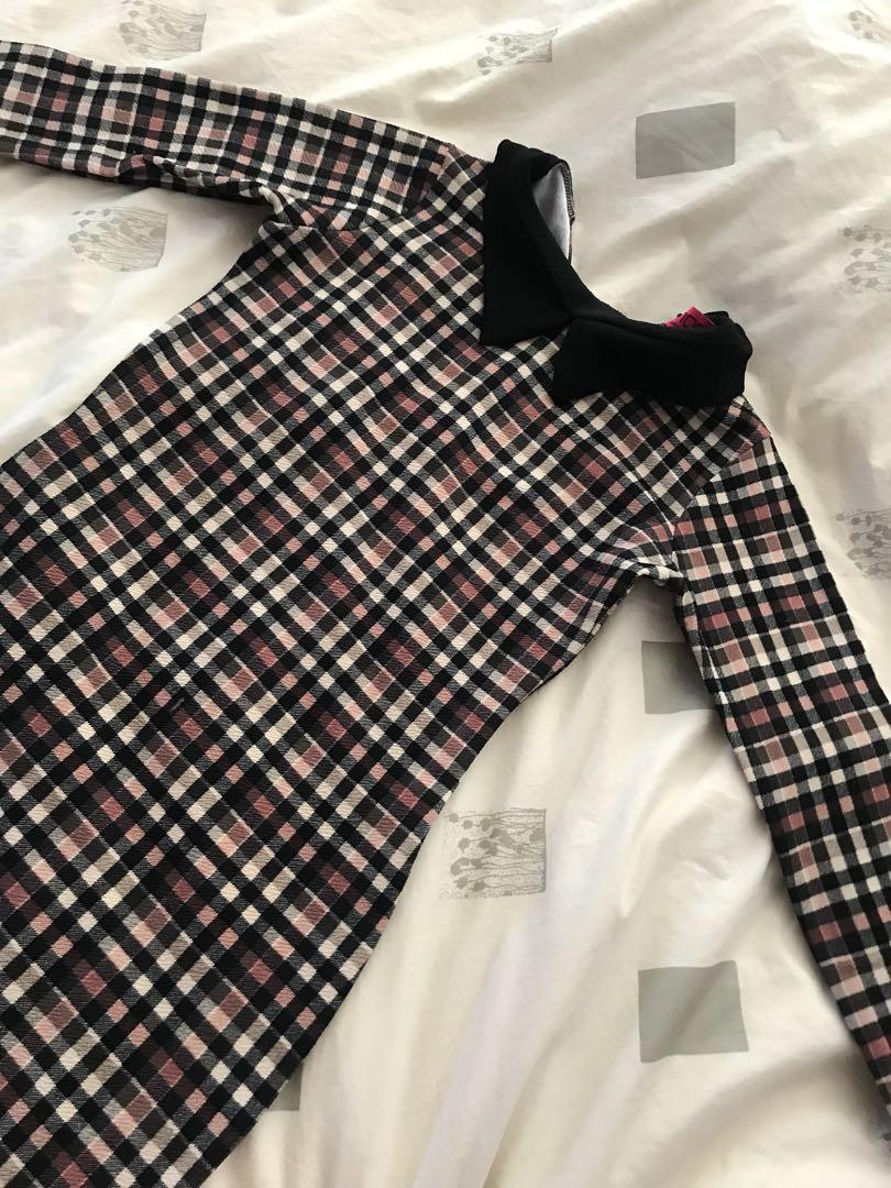 BOOHOO plaid bodycon dress - size US 4 (small)