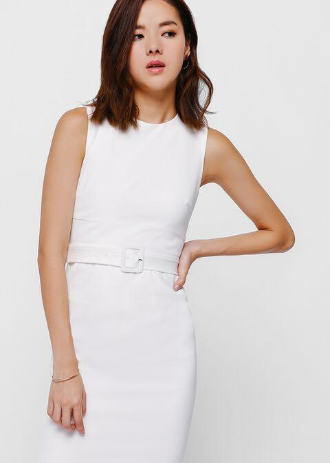 LB Love Bonito Paysley Belted Midi Dress in XL