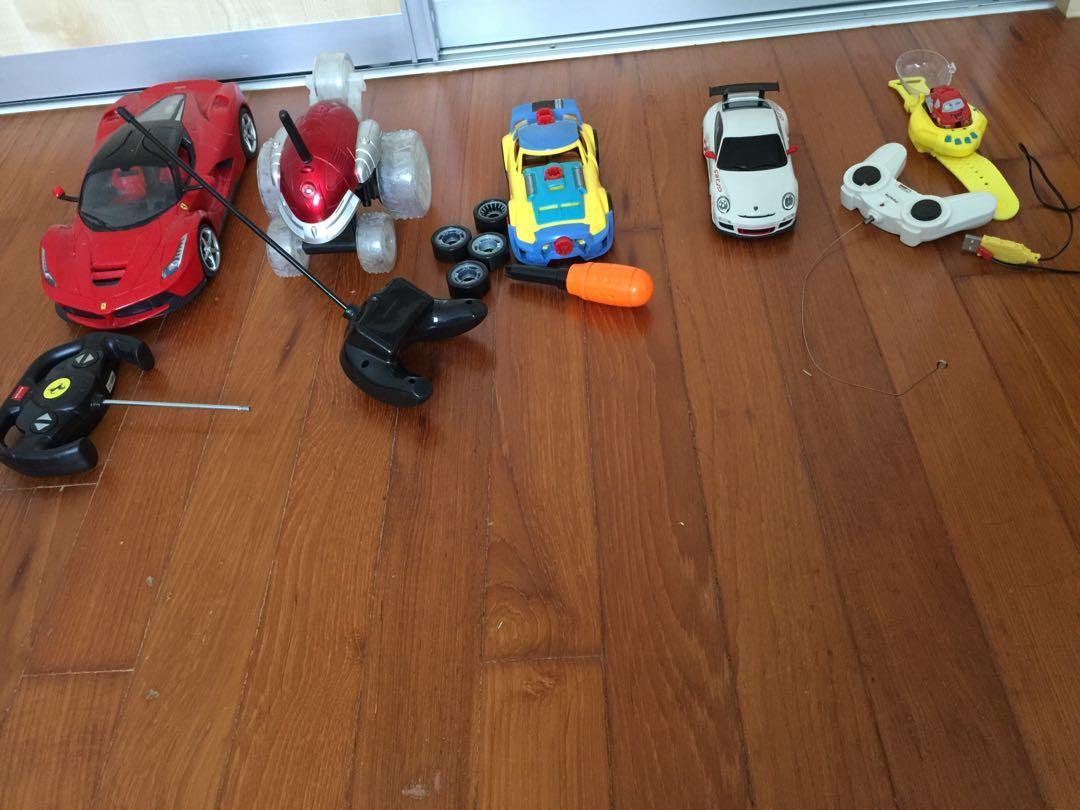 Bundle of Remote control Cars