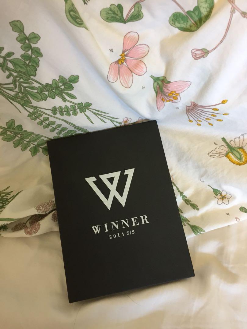"""WINNER 1st Album """"2014 S/S"""" Album"""