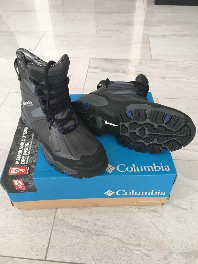 Womens Columbia Winter Boots, US Size 8 — Canuk Titanium Omni-Heat Outdry Extreme