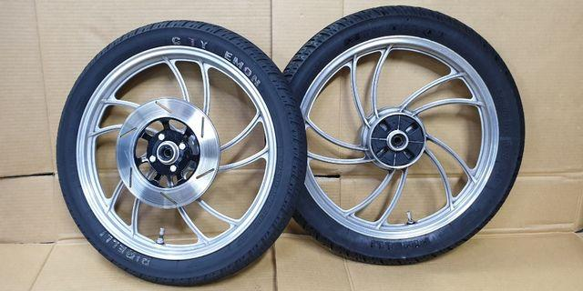 Yamaha RXZ Original Spot rims and Tyre PIRELLI 18 inch come with Disc