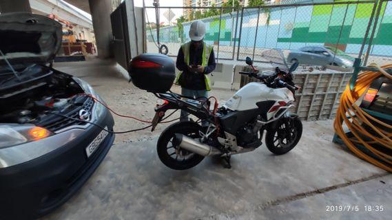 Jumpstart Motorbike