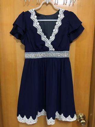 全新深藍色lace雪紡裙