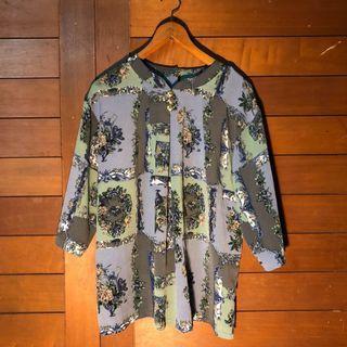 🛑眾裡尋他千百度 古典藍綠白牡丹拼接 金鈕扣七分袖古著涼感上衣 日本古著襯衫 雪紡上衣 古著開襟衫罩衫