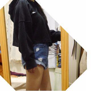 adidas 毛巾料短版寬版帽T 黑色 刺繡logo