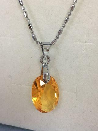Necklace and pendant 4