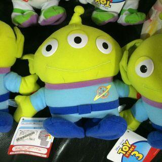 Disney 迪士尼 Toy Story 3 反斗奇兵3 Alien 三眼仔 電動行路 景品公仔 20cm高 全新正版有吊牌
