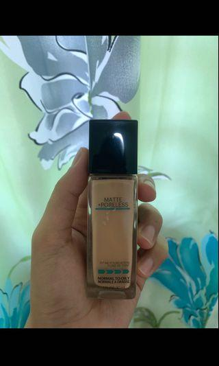 Maybelline Fit Me Foundation (130)