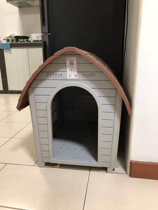 🚚 Dog House