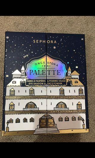 Sephora once upon a palette ! Eye shadow and face powder.