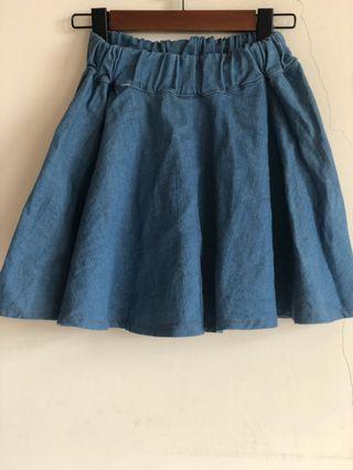 腰部鬆緊 挺版 牛仔圓裙 短裙