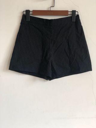 全新 MeierQ 西裝 條文 短褲 腰部鬆緊設計