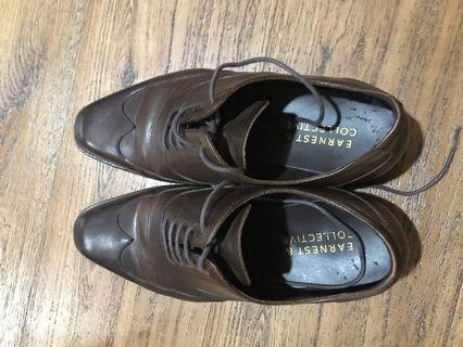 Pre-loved good condition Earnest & Collective dark brown formal shoes size 39