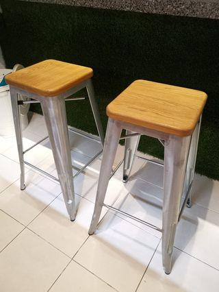 🚚 Bar Stools, set of 2