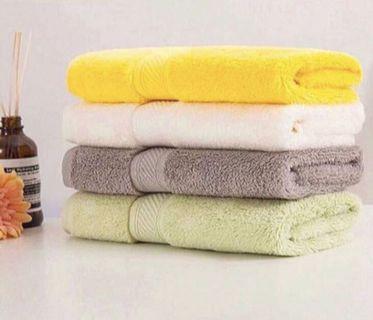 Premium Quality Bath Towel (100% Egyptian Cotton)