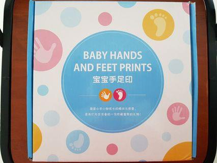 Baby hands and feet prints maker