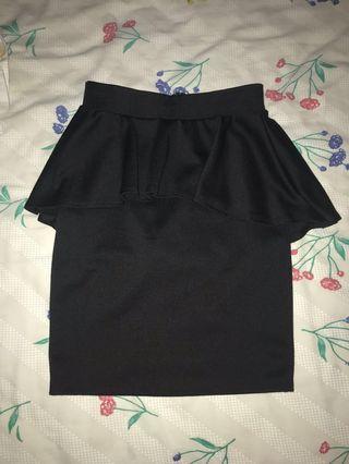 Black mini skirt S