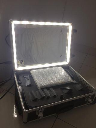 Beauty Case Modified with LED Stripe, dimmer, warm ehite