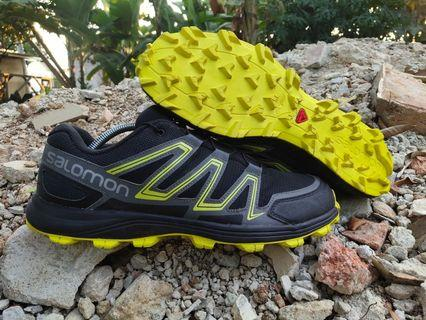 Sepatu Second Salomon Running Trail Original