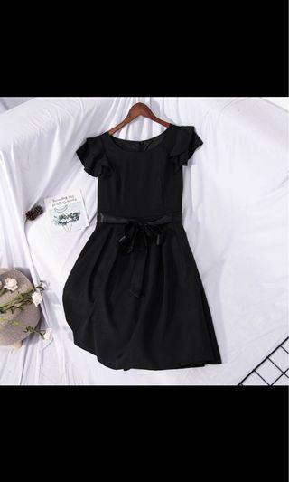 多款全新質感洋裝、禮服均一價$800