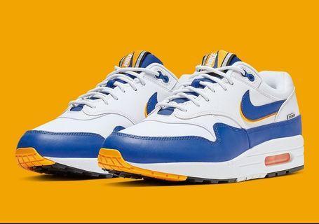 Nike Air Max 1 * University