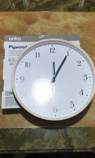 IMPORTED Wood Clock Silent Type Large