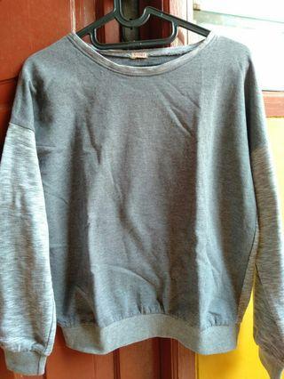 Sweater yomi