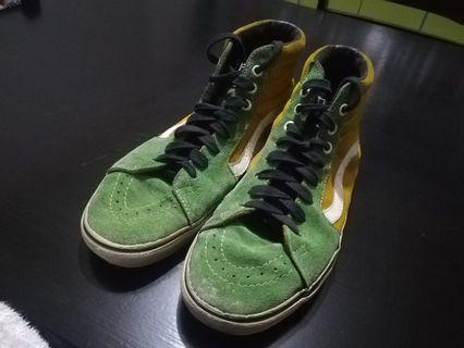 afc0ec3558d4 Rare Pearl Jam Edition 2011, Vans Sk8-Hi Sneakers size 9