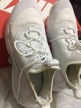 Nike Huarache 100% Authentic