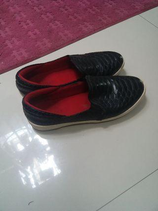 sepatu teple