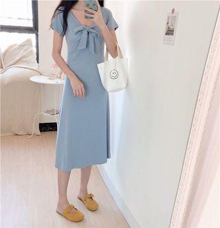 🚚 PO Simple Basic Front Tie Ribbon Midi Dress