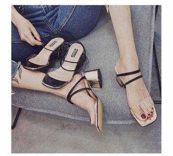 two ways to wear open toe block heels