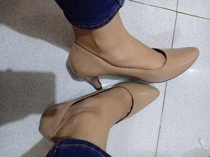 Heels Sepatu Wanita