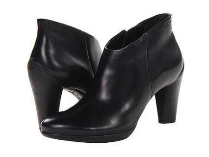 #VISITSINGAPORE NB Ecco ankle boots low cut
