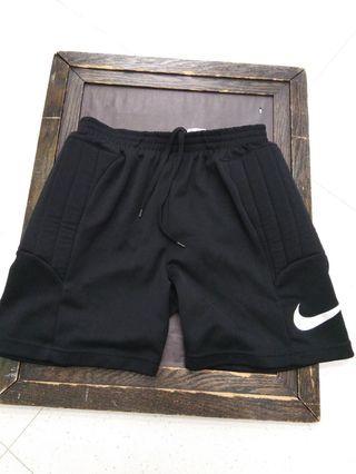 Nike龍門短褲