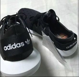 Adidas x Rita Ora 聯名 tubular original