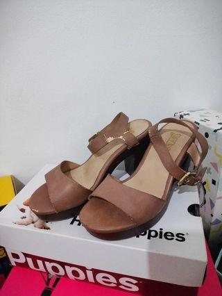 Brash heels brown, coklat