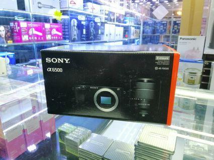 [實體店] Sony A6500 with E 18-135 f/3.5-5.6 OSS  (平行進口) 議價不回
