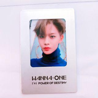 wanna one bae jinyoung photocard