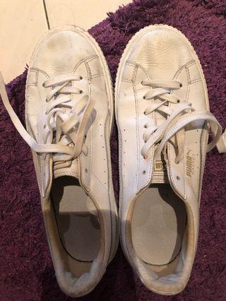 🚚 PUMA Basket Sneakers