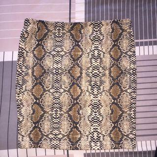 snakeskin bodycon skirt