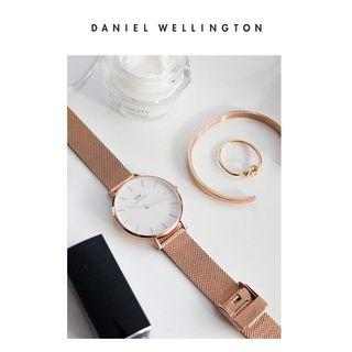 🚚 authentic daniel wellington elegant watch with cuffs set