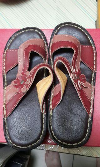 🚚 熟女拖鞋