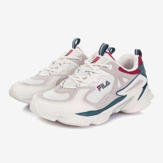 韓國全新 fila新款老爹鞋(us6,eu38.5,mm240)