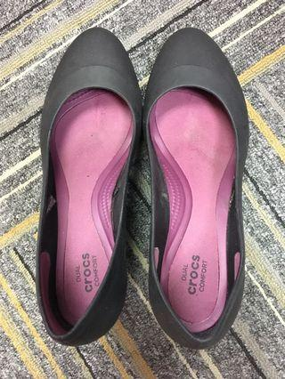 Authentic Crocs work shoes black wedges