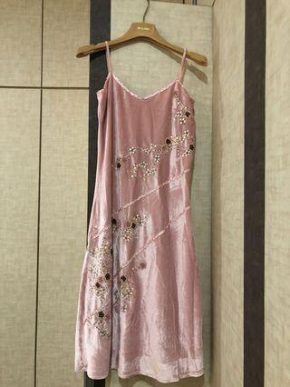 🚚 BNWT Embroidered Slip Dress
