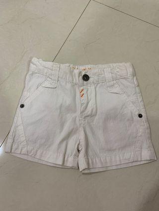 Celana putih size 3