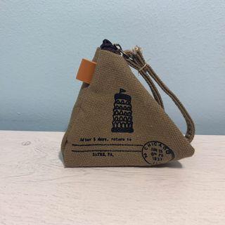 🚚 Triangular coin pouch